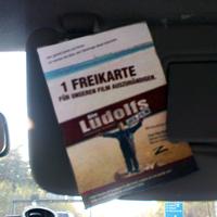Die Freikarte - Ludolfs-typisch präsentiert im Auto...
